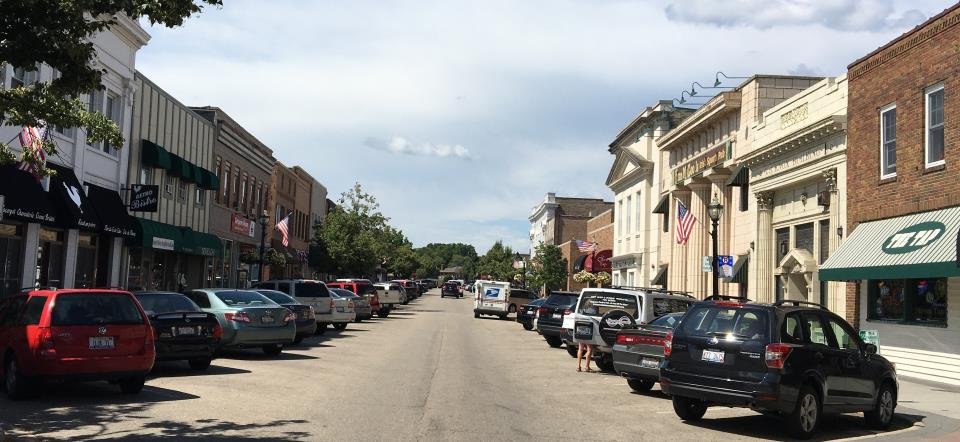 cropped downtown crystal lake pic 3